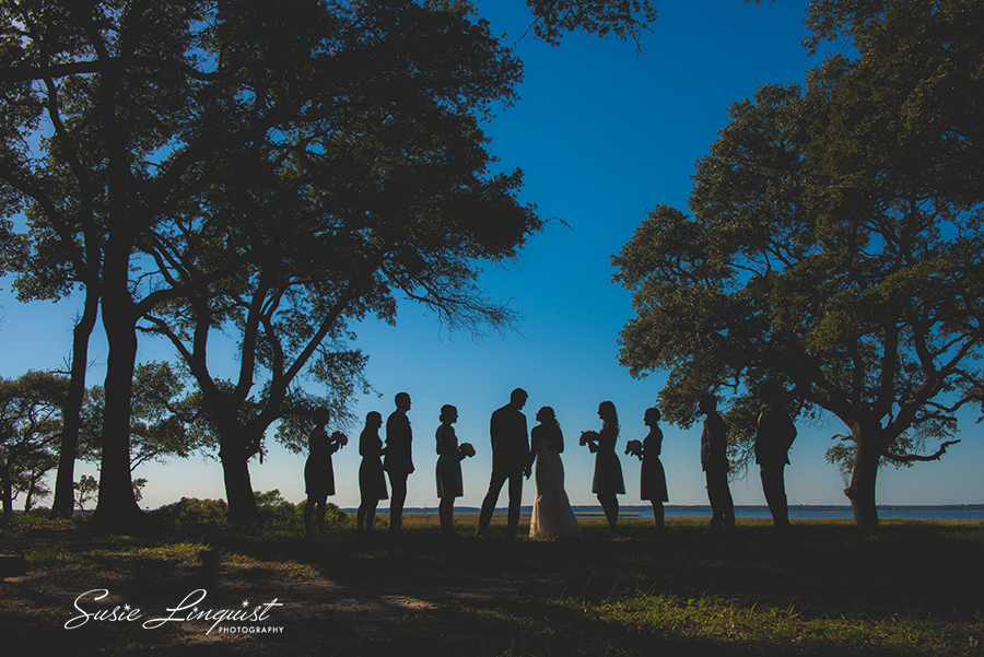 0001.creative bridal party pictures